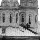 Turlele Bisericii Sfanta Vineri Herasca